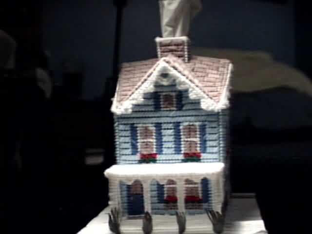 Veranda Cottage Tissue Box Cover